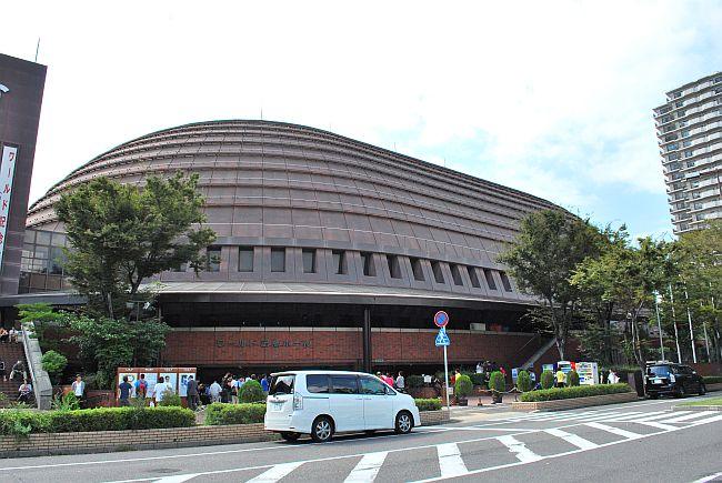 神戸ワールド記念ホール_外観